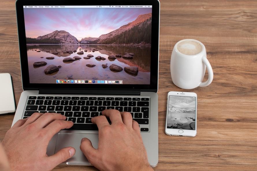 coffee-cup-mug-apple-large